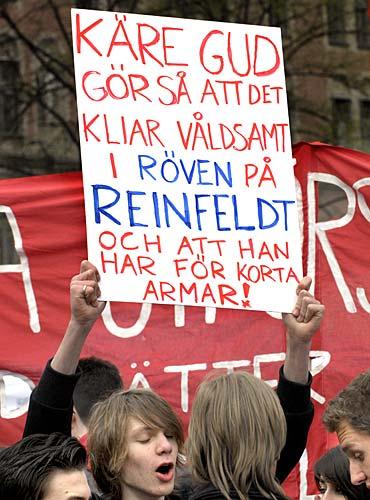 Reinfeldt beklagar stockholmarna